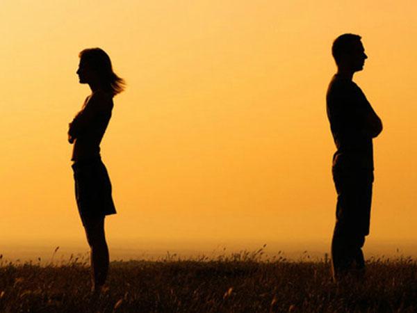 Bạn trai bắt tôi phải chịu điều tiếng nếu muốn tiếp tục yêu nhau