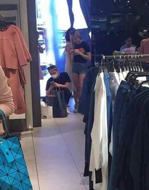 Sơn Tùng M-TP và Thiều Bảo Trâm bị bắt gặp đi mua sắm cùng nhau