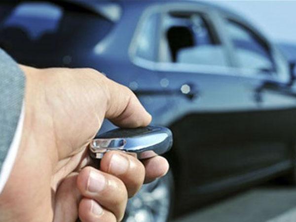 Biến thành kẻ cướp sau lần đặt tiền mua ôtô bạc tỷ