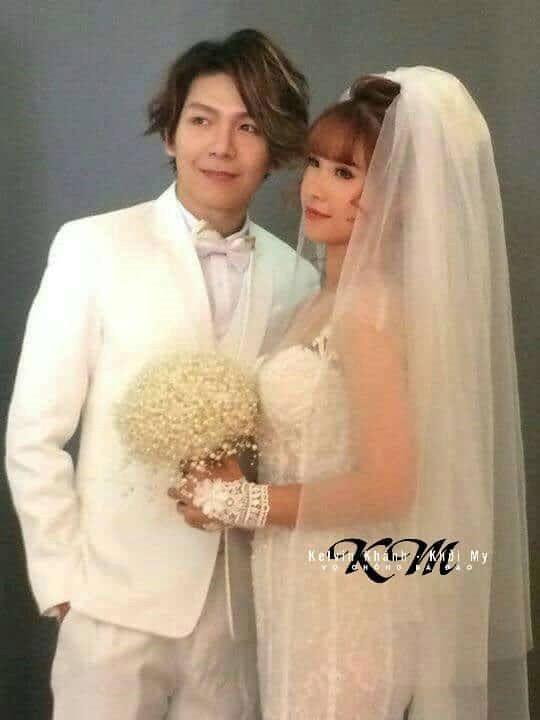 Ngày cưới cận kề, Kelvin Khánh vẫn lái mô tô chở Khởi My đi gửi thiệp cưới