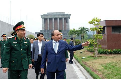 Thủ tướng gợi ý Hà Nội mở tour du lịch kết nối Hoàng Thành, Lăng Bác và Khu di tích K9
