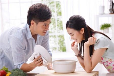 Tuyệt chiêu khiến chồng tự nguyện làm hết việc nhà thay vợ