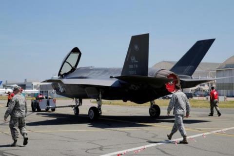F-35 đắp chiếu 30 ngày vì... bị gỉ sét