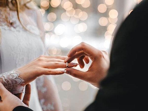Chàng trai sợ mất mật vì bố mẹ bạn gái đòi 12 tỷ tiền thách cưới