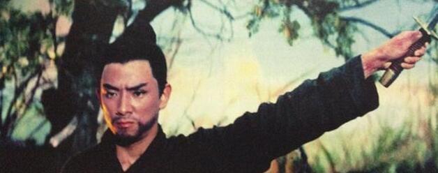 Bố già Hồng Kim Bảo phải nể sợ ông trùm võ thuật Hong Kong này
