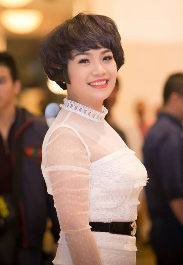 Những sao Việt luôn tự hào vì xuất thân trong gia đình có truyền thống dạy con chữ