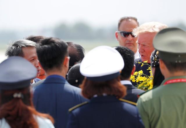 Những hình ảnh đầu tiên của Tổng thống Trump tại Đà Nẵng trên báo chí quốc tế