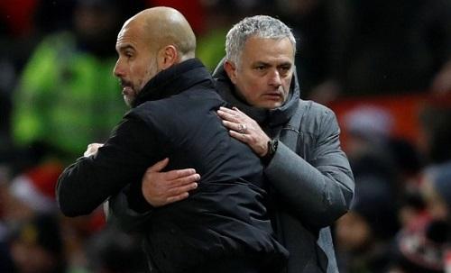 Guardiola: Man City thắng, Mourinho lại đổ lỗi cho trọng tài