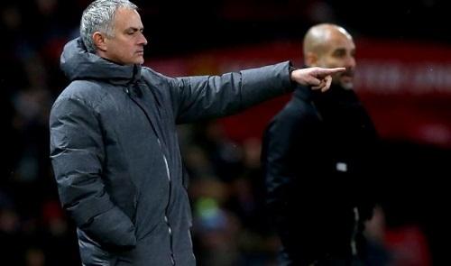 Mourinho: Man City rất mạnh, nhưng cũng rất may