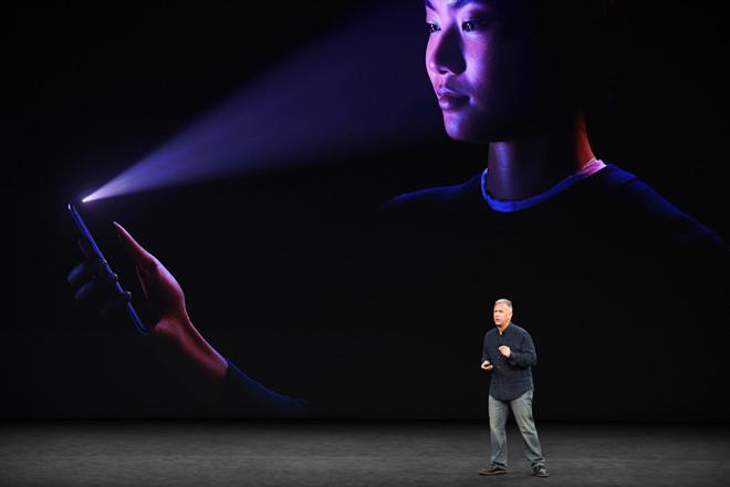 Apple chế nhạo Face ID của Android đều là những thứ thối um