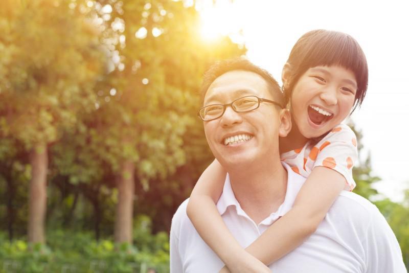 Muốn gia đình hạnh phúc cha mẹ nên sinh con gái, khoa học đã chứng minh!