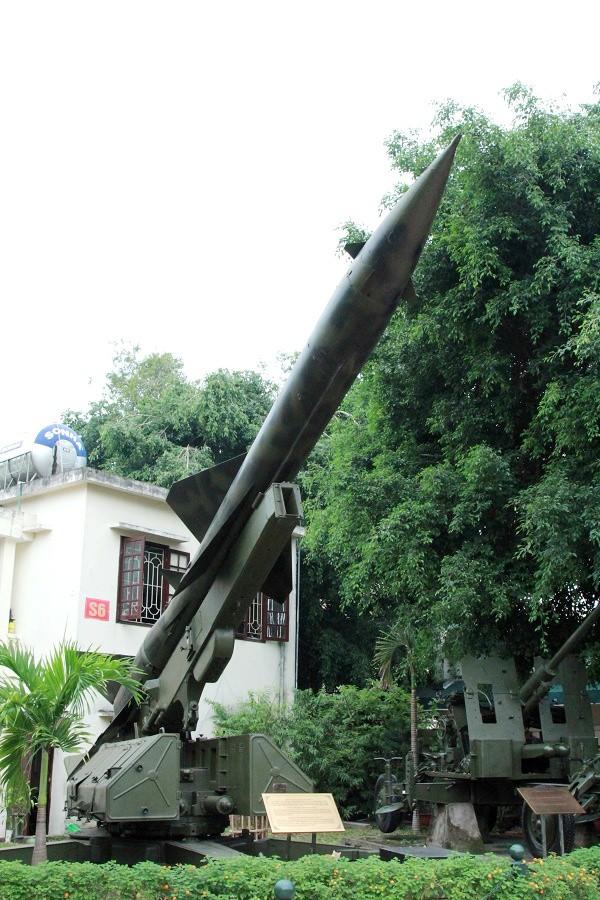 B-52 Mỹ ăn đòn đau của tên lửa VN: Ngày rung chuyển thế giới không thể quên