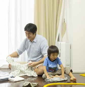 Nhật ký chồng giặt quần áo cho con khiến các mẹ không thể nhịn cười
