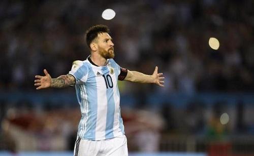 Batistuta ví Messi như người ngoài hành tinh'