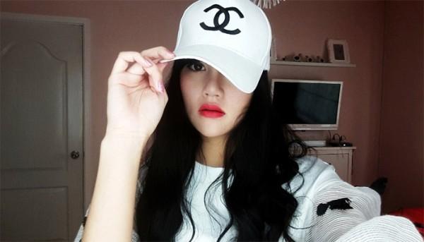 Thêm một vụ tự tử gây xôn xao từ người mẫu Thái Lan 19 tuổi