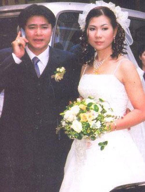 Thú vị khi xem lại loạt ảnh cưới xưa lắc xưa lơ của sao Việt