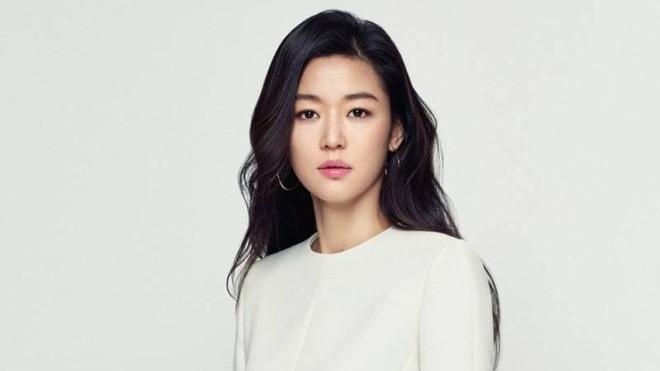 Tiết lộ thời gian mợ chảnh Jun Ji Hyun sẽ đón quý tử thứ 2