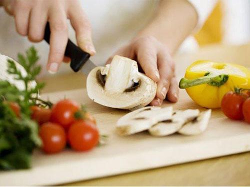 6 vật dụng bẩn nhất trong bếp nhà bạn