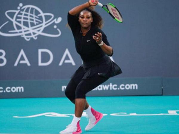 Serena thua nhà vô địch Roland Garros trong ngày tái xuất