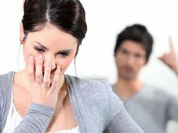 Lý do khiến nhà chồng ra tối hậu thư: Tết Dương, Tết Âm cấm về nhà ngoại