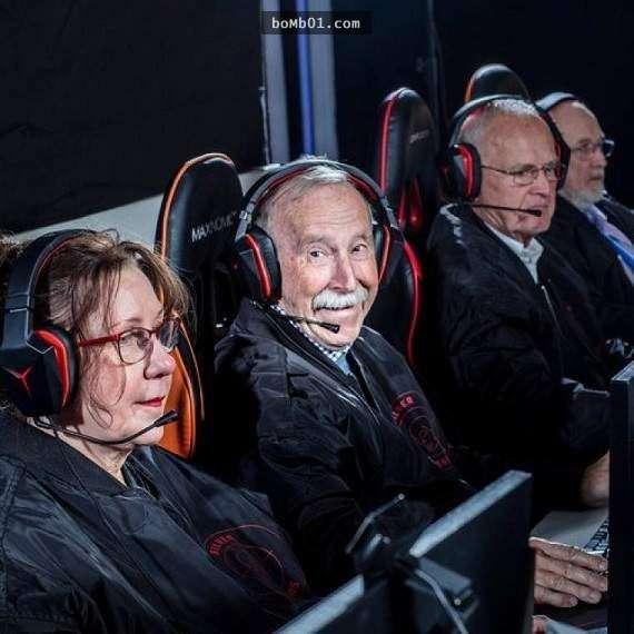 Choáng với đội hình game thủ chuyên nghiệp già nhất thế giới