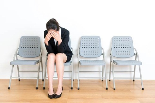 25 tuổi chưa có người yêu, cô gái bị đánh trượt phỏng vấn