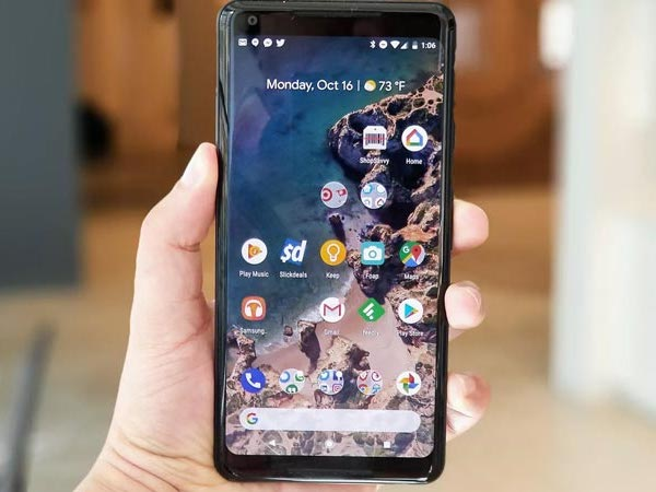 Google Pixel 2 XL có nhiều điểm chết quanh mép màn hình