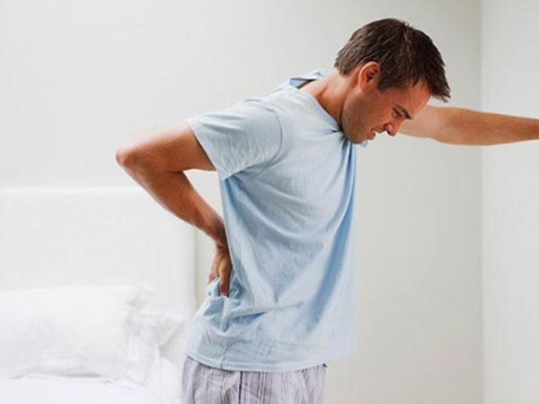 Viêm niệu đạo ở nam giới phần lớn do vi khuẩn