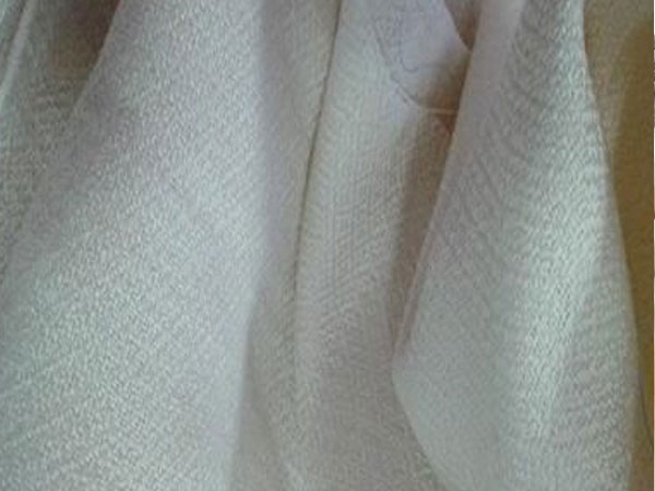 Lụa lông cừu đắt nhất thế giới, giá lên tới 2,6 triệu VND/m