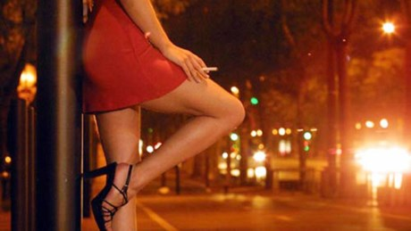 Hà Nội: Bắt tú bà môi giới mại dâm giá ngàn đô