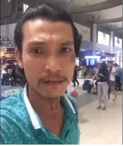 Mua vé máy bay hãng Jetstar nhưng không được bay, nam hành khách livestream tại sân bay đòi xin lỗi