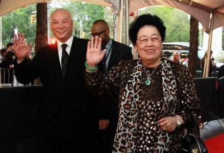 Vợ chồng Đường Tăng khiến tỷ phú giàu nhất châu Á phải kính nể