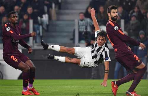 Chia điểm với Juventus, Barca giành vé đi tiếp kèm vị trí dẫn đầu