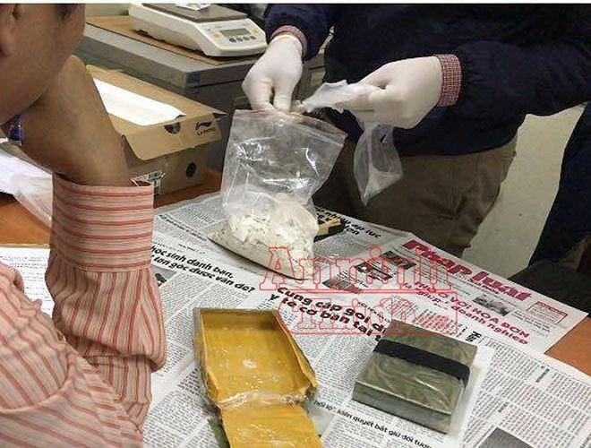 Chân dung người đàn bà bán bún vận chuyển 2 bánh heroin