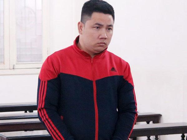 Lĩnh 9 tháng tù treo vì trộm ví của tùy viên đại sứ quán