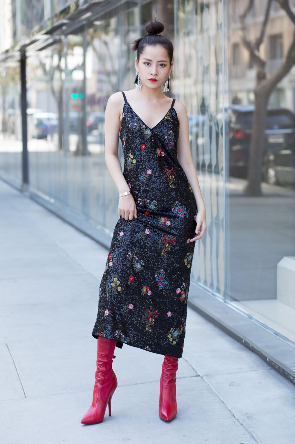 Phạm Hương, Châu Bùi đang lăng xê mẫu giày bốt nào?