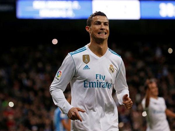 Ronaldo ghi bàn quyết định, Real rút ngắn cách biệt so với Barca