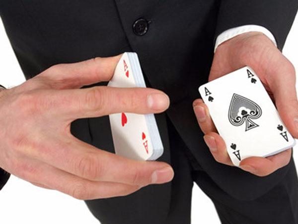 Câu đố thi đấu với kiện tướng cờ vua thử thách dân mạng