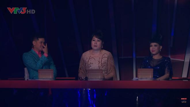 Việt Hương hoảng sợ trước phần thi rùng rợn của thí sinh Bước nhảy ngàn cân