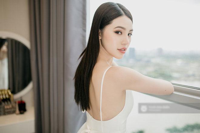 Chuyện ít biết về Jolie Nguyễn - Hoa hậu duy nhất nằm trong hội Rich Kids of Vietnam