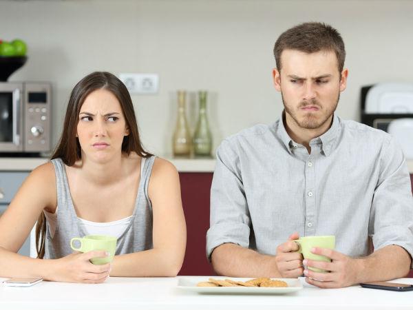 Những dấu hiệu chứng tỏ: Công việc đang giết dần, giết mòn hôn nhân của bạn
