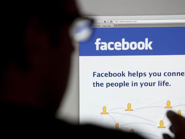 Vợ khôn ngoan đừng dại kết bạn với chồng trên facebook