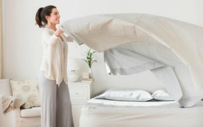 Mách chị em mẹo khử sạch bay mùi hôi cho chăn lâu ngày không sử dụng