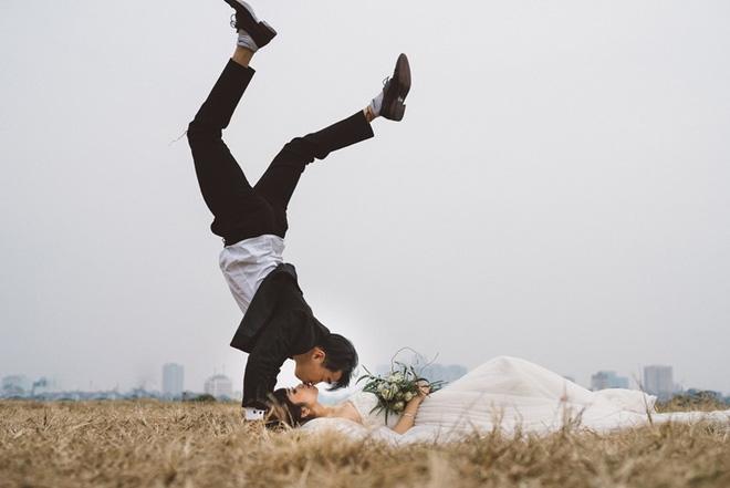 Chàng phi công ngày tỏ tình vẫn gọi chị xưng em và ảnh cưới nhảy khắp Hà Nội cực chất