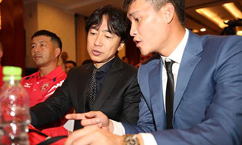 Công Vinh: 'Tôi không can thiệp vào chuyên môn của HLV Miura