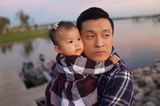 Lam Trường hiếm hoi nói về con trai riêng với vợ cũ, hé lộ bé chưa biết có em gái
