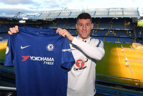Chelsea mua được người kế tục Frank Lampard với giá rẻ