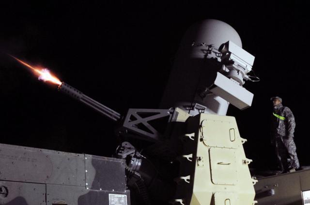 Bị tập kích căn cứ Khmeimim: Vì sao phòng không Nga trơ mắt nhìn?