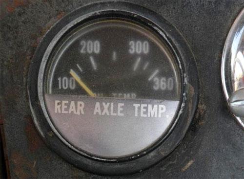 Ma trận đồng hồ trên xe tải hạng nặng gồm những gì