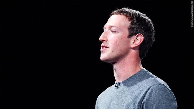 Mark Zuckerberg đang cố cứu Facebook và chính mình